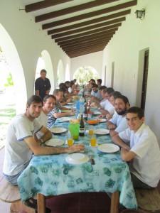 Almuerzo con los sacerdotes