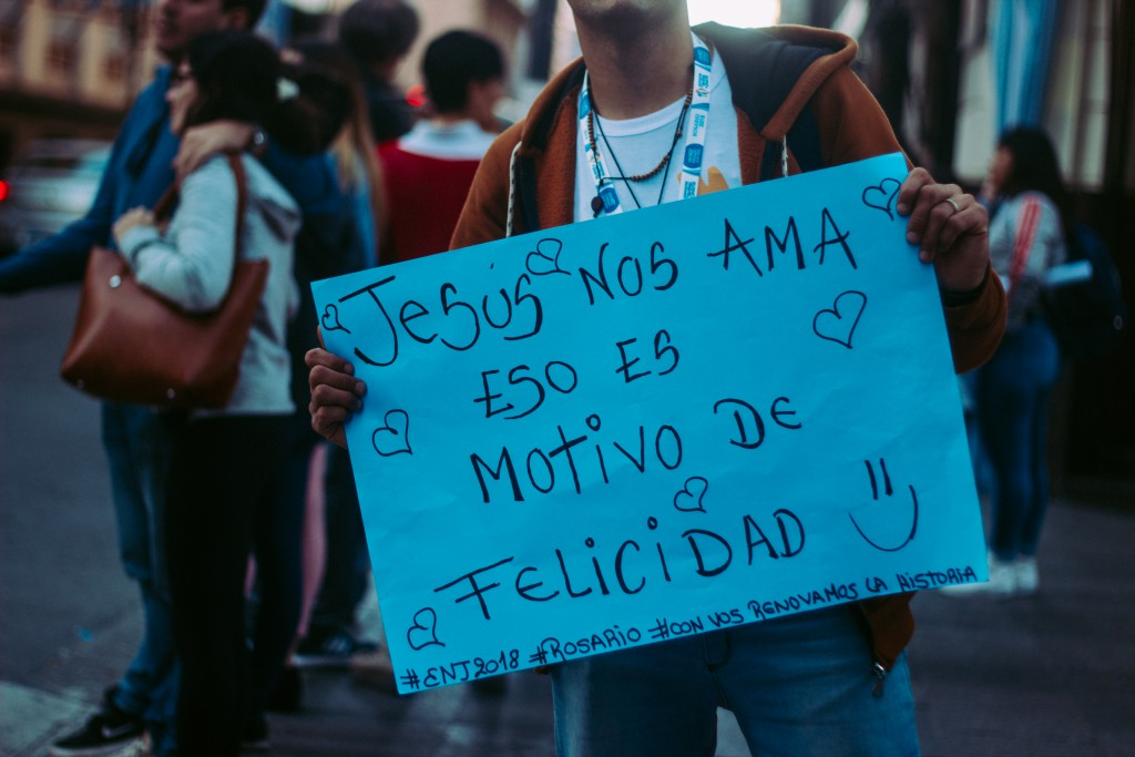La Alegría de la Vocación: Testimonio de Elías Mores